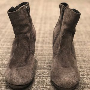Gray Kenneth Cole Reaction booties